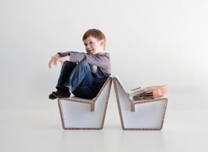 1-KENNO-cardboard-chair_Design-Heikki-Ruoho_phot-Kalle-Kataila1