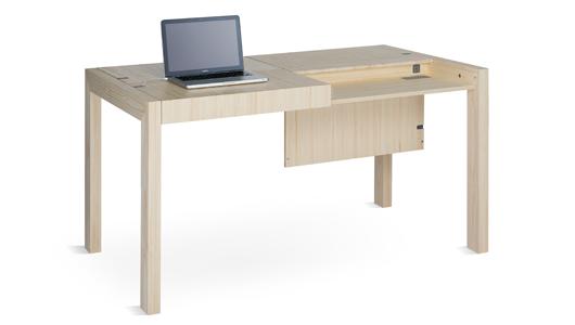 Deski Table