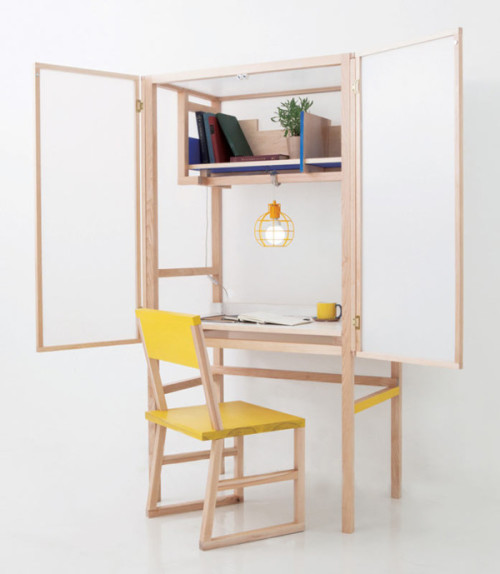 Forming-the-Border-Desk-Juhui-Cho-2-600x689