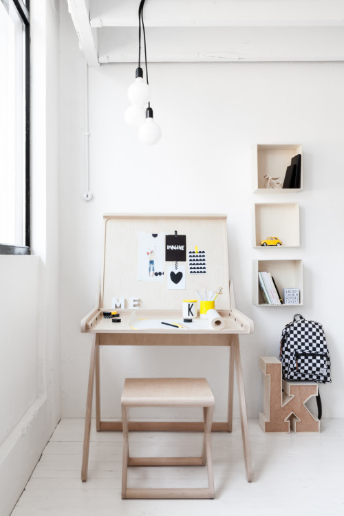 K-desk-a-modern-children-furniture-from-Rafa-kids