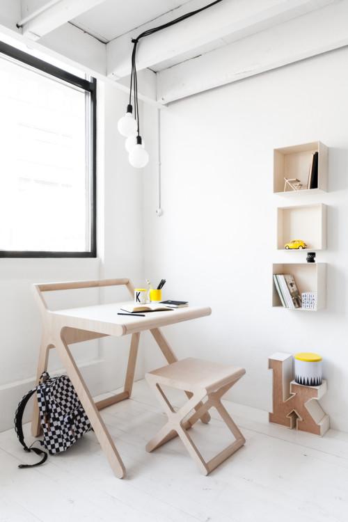 Rafa-kids-modern-K-desk-