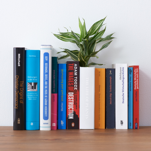 yoy_book_planter-on-shelf