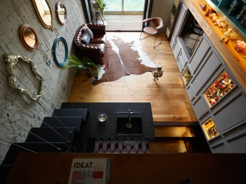 toy-house_091115_04-800x599