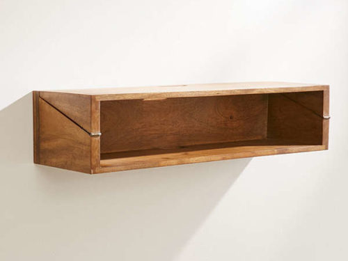 Incroyable Woodlyn Folding Desk Shelf From Urban Outfitters Presents A Clever Idea For  An Improvised Workspace That Takes Virtually No Room When Not In Use.